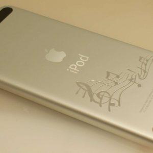 Гравировка на iPhone - Русский стиль - Студия лазерной гравировки